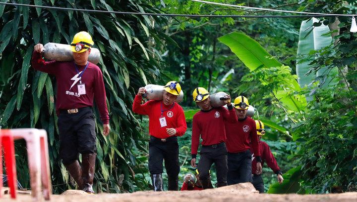 «Барса» пригласила спасенных тайских мальчиков